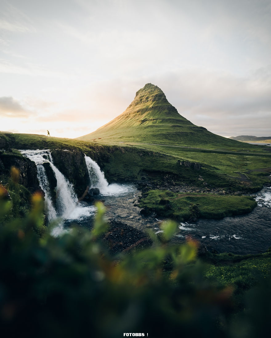 Iceland-alive-in-the-summer-by-cannonmatt-UK-5e58e30a1e57a__880.jpg